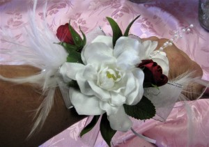 Feathers & Pearls Enhance this Gardenia