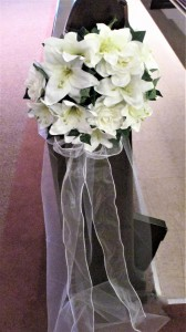Flower Ring with Tulle Streamers Rental