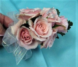 Pin-on Rose Corsage