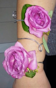 Roses & Wire Arm Wrap