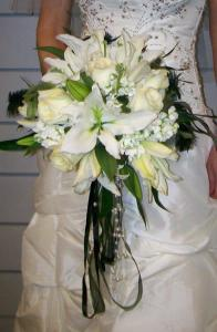 Unique Touches added to Customize Bouquet